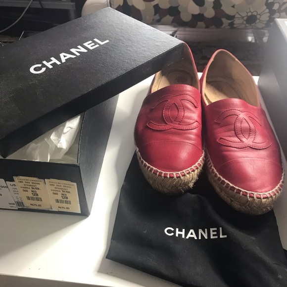 CHANEL Shoes - CHANEL RED LAMBSKIN ESPADRILLES SZ 42